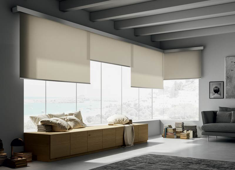 Overlapping-roller-blinds-for-big-windows
