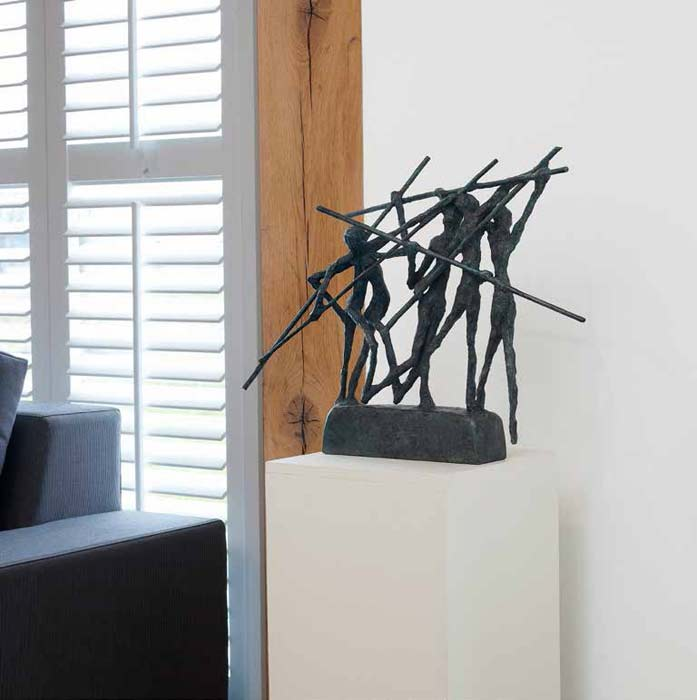Beautifull-metal-scuplture-home-decoration
