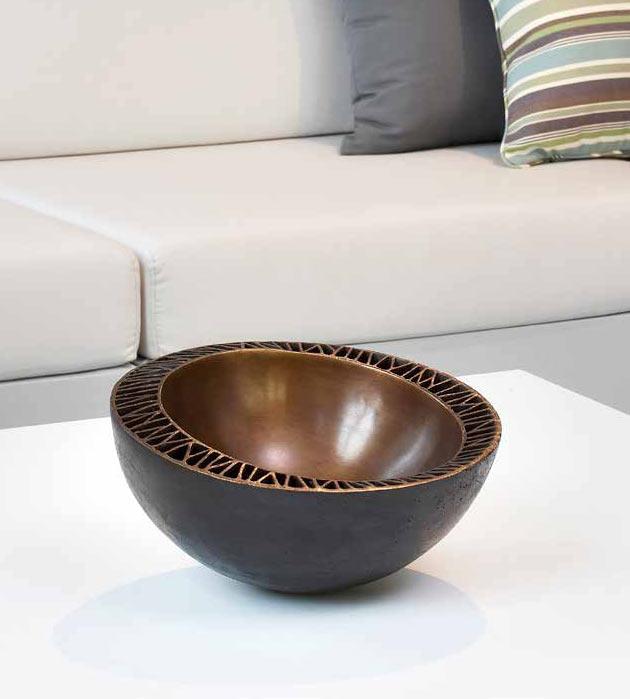 Bronze-decorative-bowl-scuplture