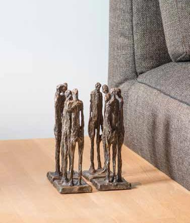 Contemporary-bronce-figures-sculptures